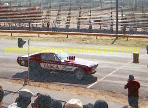 Tasca Mystery 8 Mustang A/FX at the line